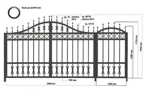 Распашные ворота с калиткой. По верху и низу дополнены элементами ковки.